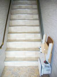 階段昇降機(直線階段)
